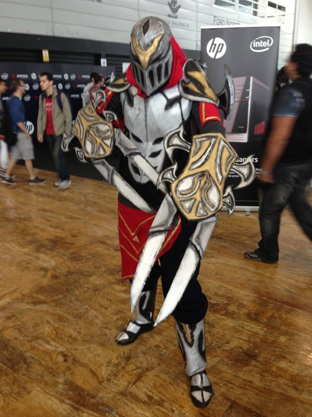 zed - ultimate league of legends cosplay collection