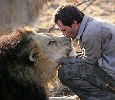 a134 lion - real-life superheroes: 10 people with incredible abilities