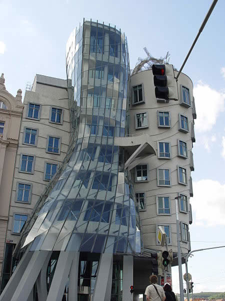 a173 dancing1 - world's most creative building