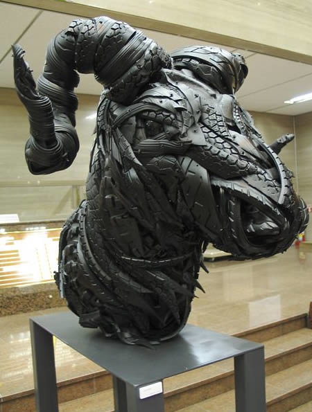 a409 t1 - sculptures made of tires