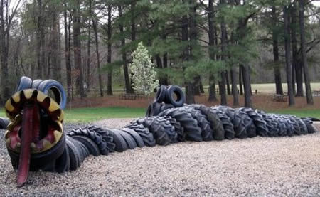 a409 t6 - sculptures made of tires