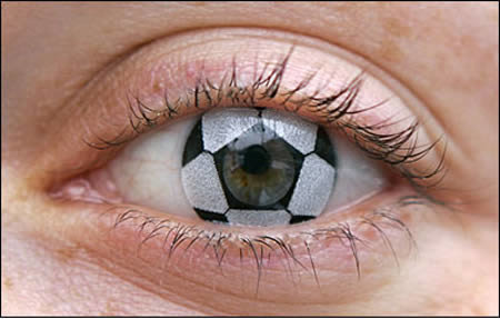 a96806 a503 soccer2 - some funny/cool contact lenses :)