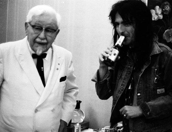 alice cooper colonel sanders drinking beer
