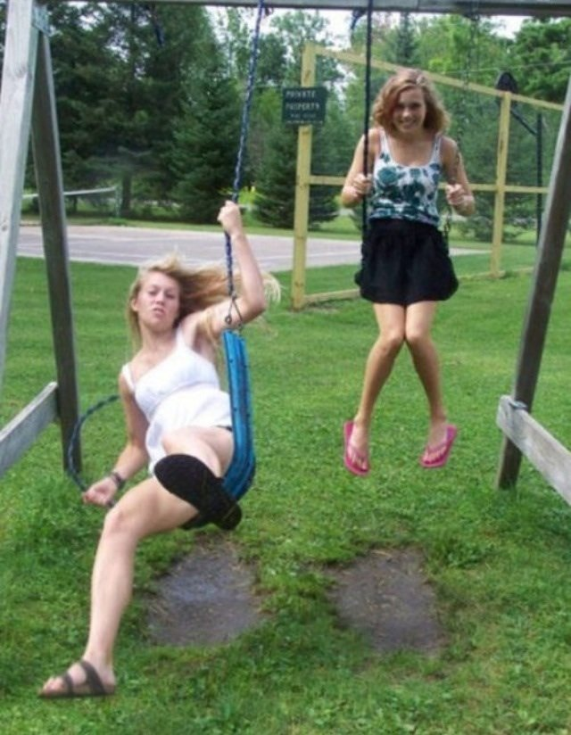 amazingly timed photo swing breaking