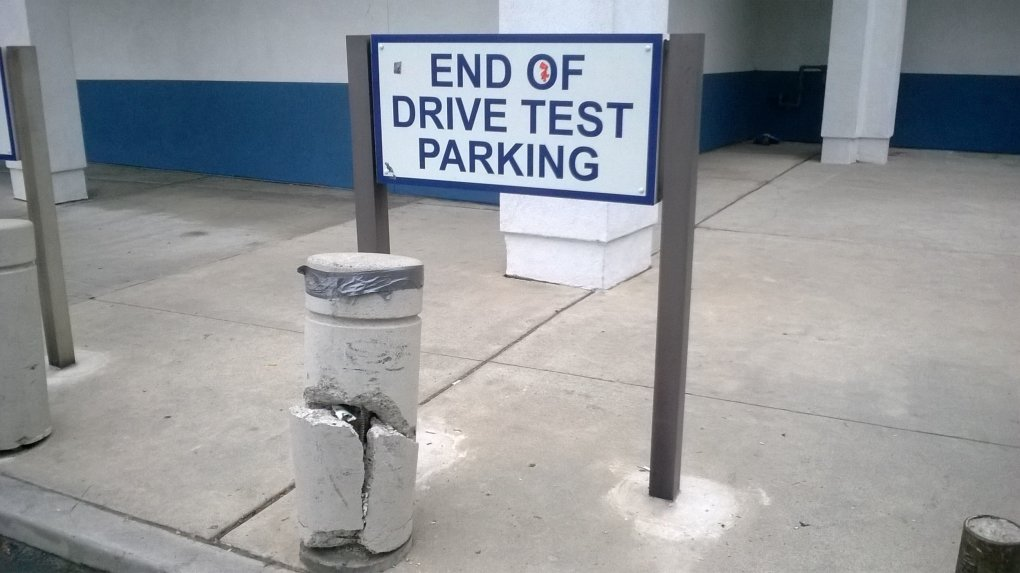 at the dmv - daily picdump 64 pics