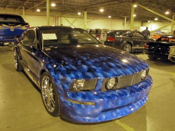 auto009 - $10 million collection of confiscated cars