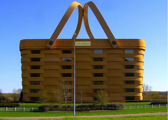 buildingsarc6 - most strange and unusual buildings around the world