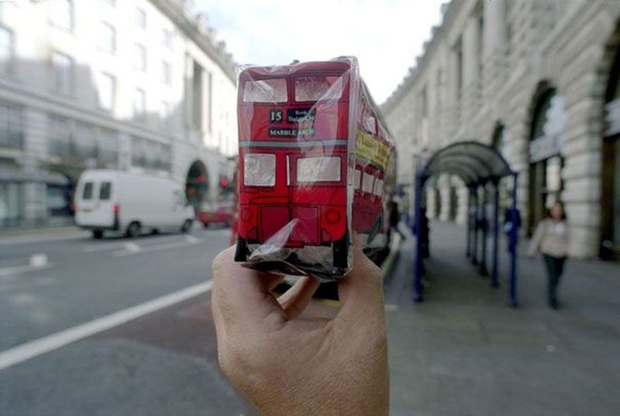 bus - are souvenirs out of sight?