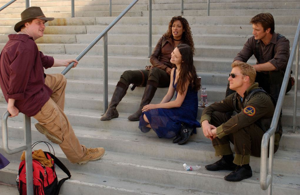 cool behind scenes photo most firefly cast joss gina summer nathan