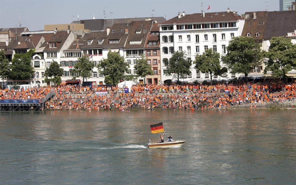 dutch fans are watching game against germany big screen river suddenly