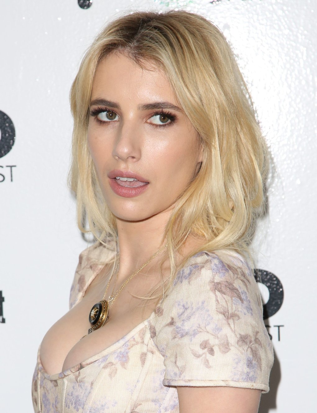 emma roberts entertainment weeklys popfest reef aic