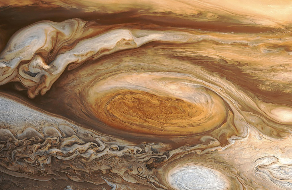 greatredspot - whooo first post...wallpapers