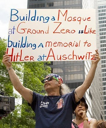 groundzeromosqueprotester2 - top 10 news stories of 2010 (more towards the americans)