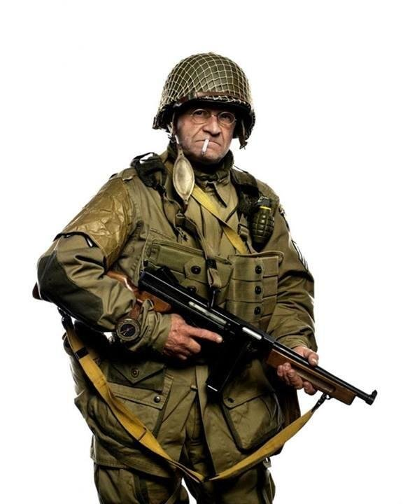 jim martin dressed years ago will parachuting into normandy tomorrow age