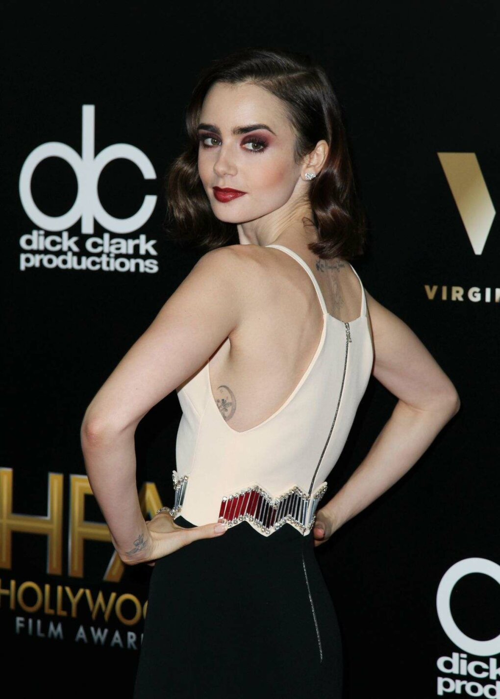 lily collins mic