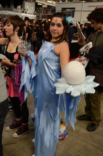 lol anivia - ultimate league of legends cosplay collection