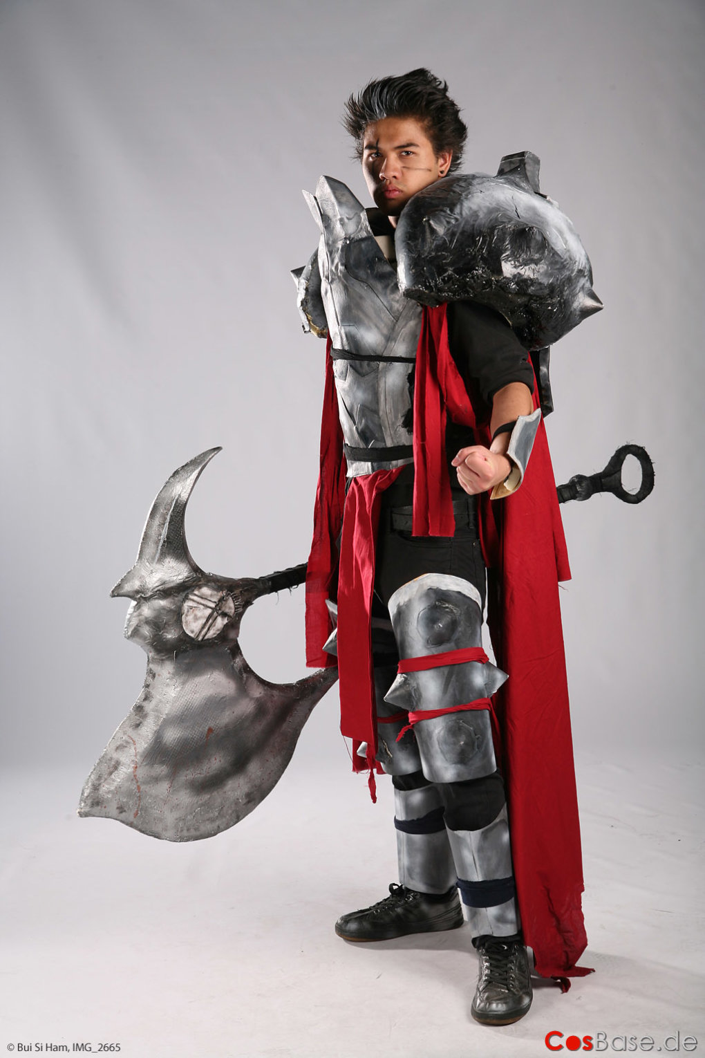 lol darius - ultimate league of legends cosplay collection