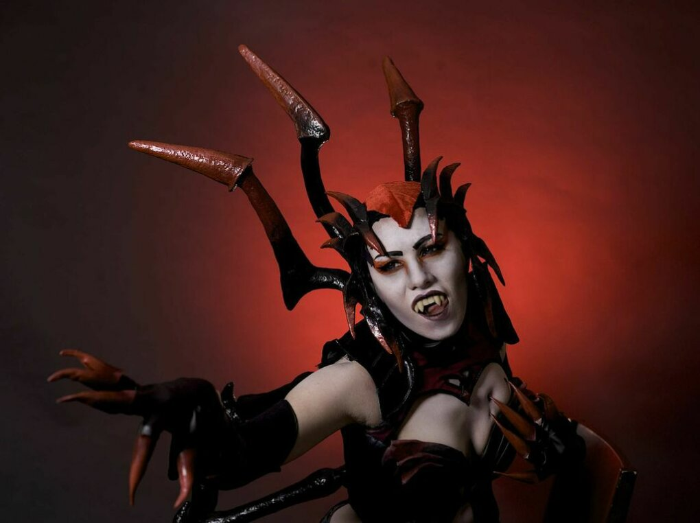 lol elise - ultimate league of legends cosplay collection