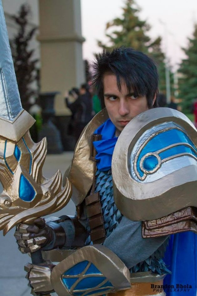 lol garen - ultimate league of legends cosplay collection