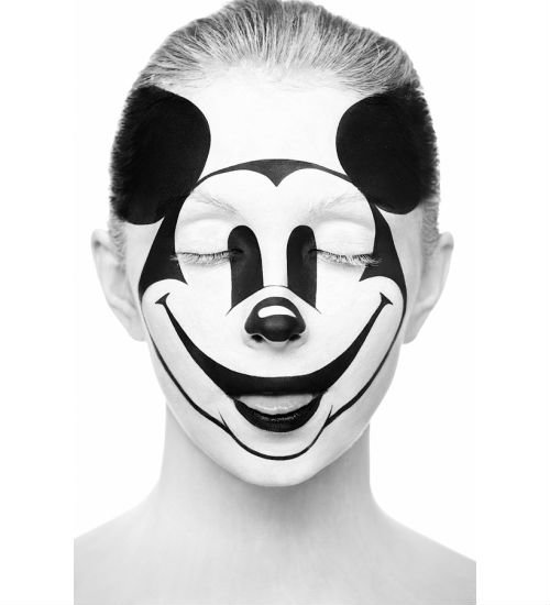 mickey mouse illusion