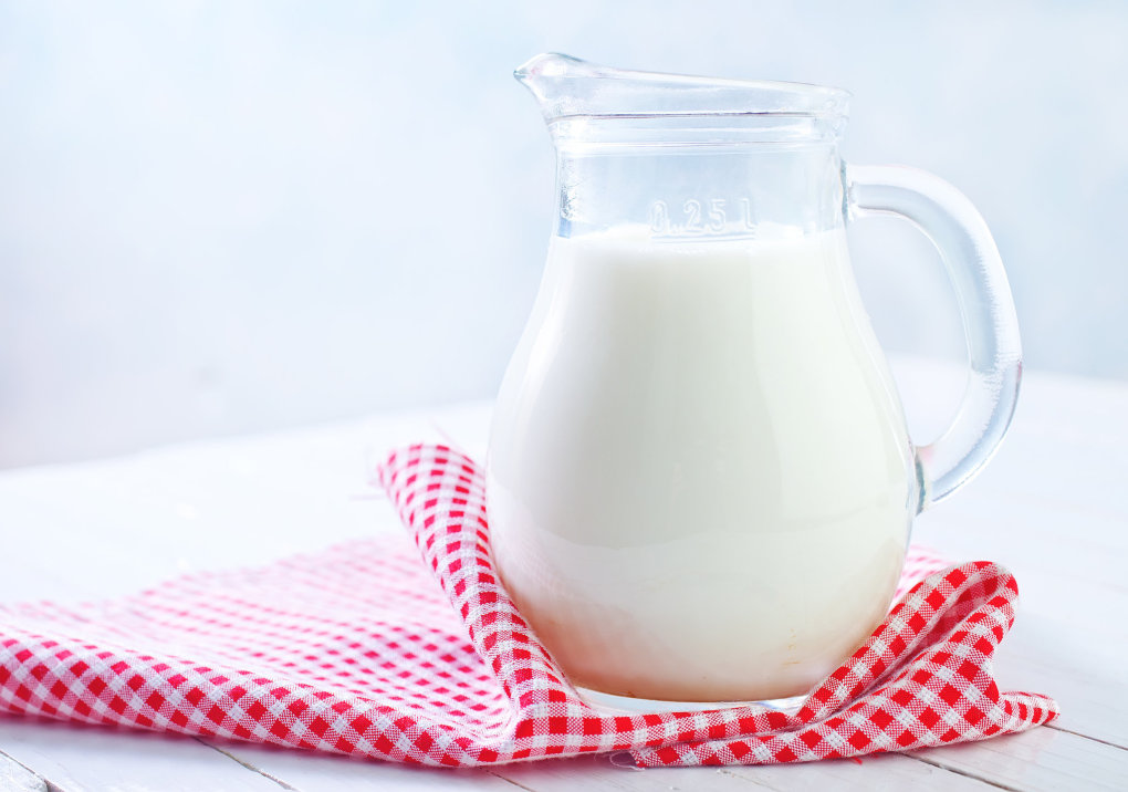milk - 15 expired foods that are dangerous and most probably in your fridge
