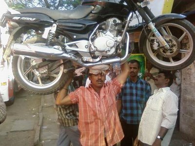 motorcycle bike head india