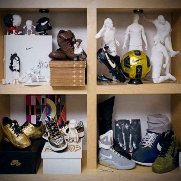 nike 25 - inside the office of nike ceo mark parker