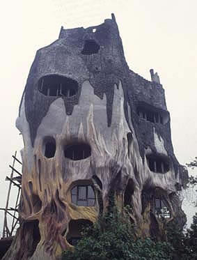 odd houses16 - what the.... houses