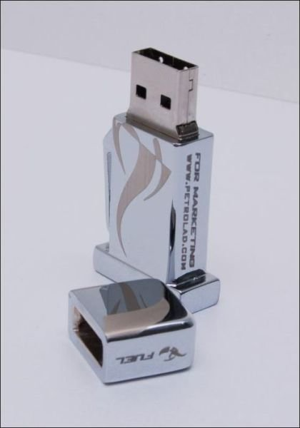 one of a 640 14 - one of a kind flash drives