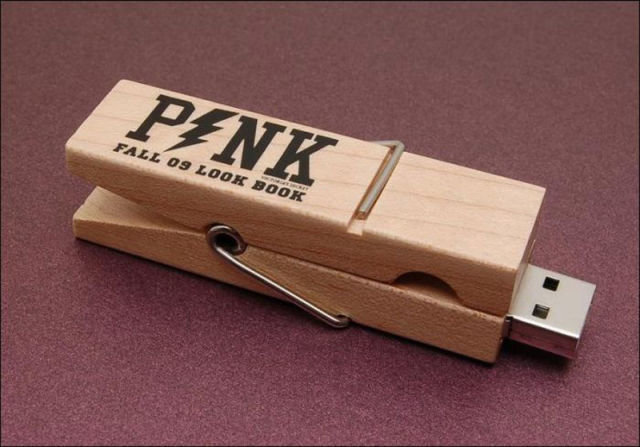 one of a 640 22 - one of a kind flash drives