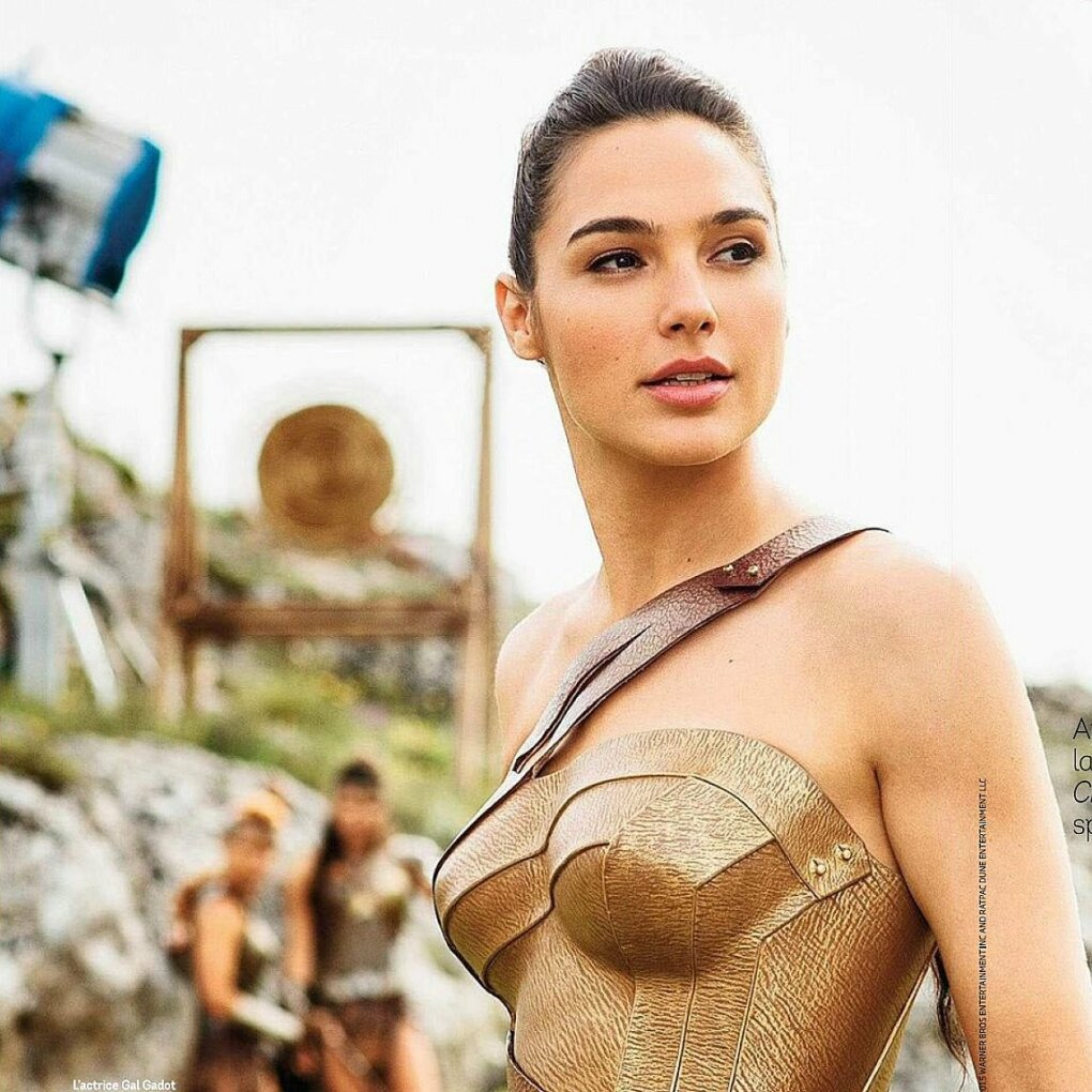 photo gal gadot shares picture from wonder woman