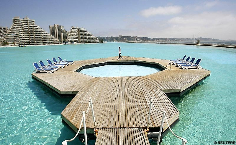 pool - world's largest...swimming pool