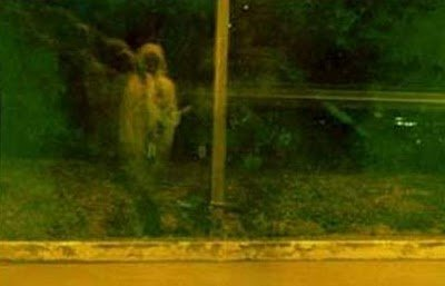real ghost11 - best real ghost compilation captured by amateur camera | 43 pics