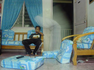 real ghost13 - best real ghost compilation captured by amateur camera | 43 pics