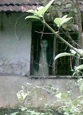 real ghost18 - best real ghost compilation captured by amateur camera | 43 pics
