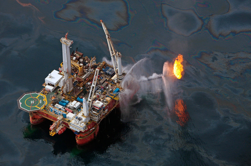 s01 23895093 - oil in the gulf, two months later