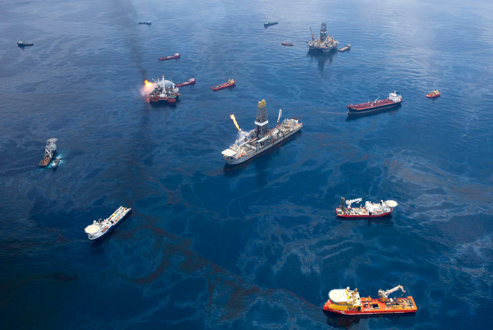 s35 23919943 - oil in the gulf, two months later