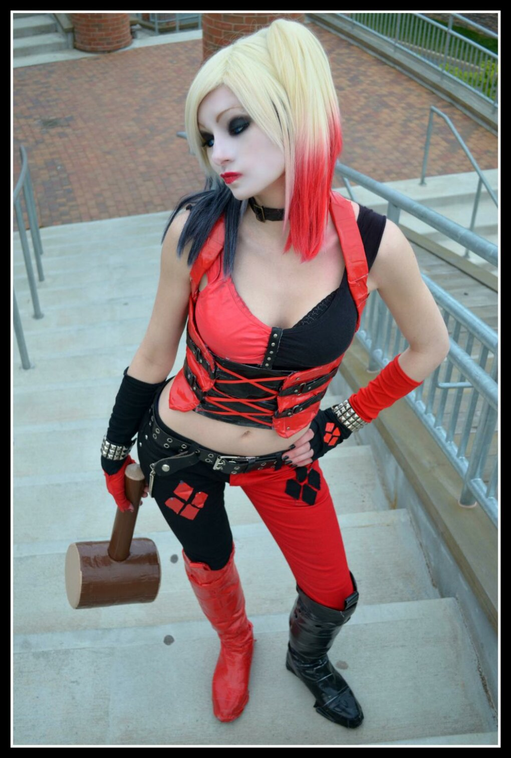 sexy harley quinn cosplay done right