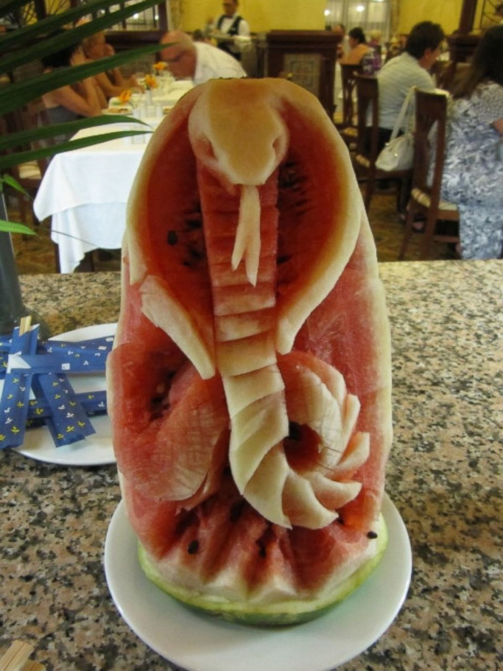 snake - summer snack: check out this amazing watermelon carvings