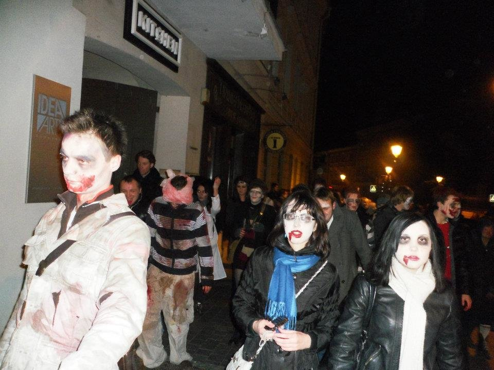 some more zombies - my zombie walk at halloween
