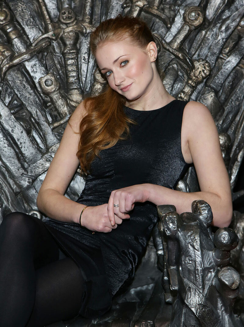 sophie turner throne