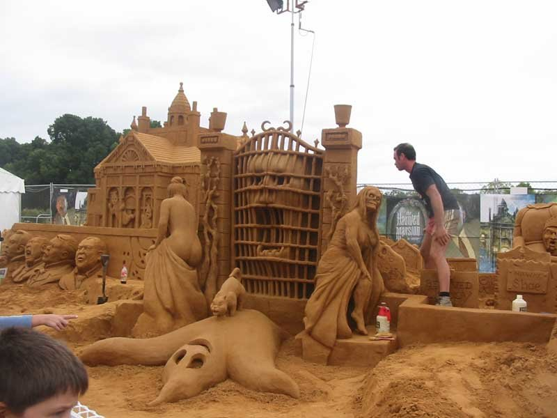 ss1 - yay summer!  sand sculptures...