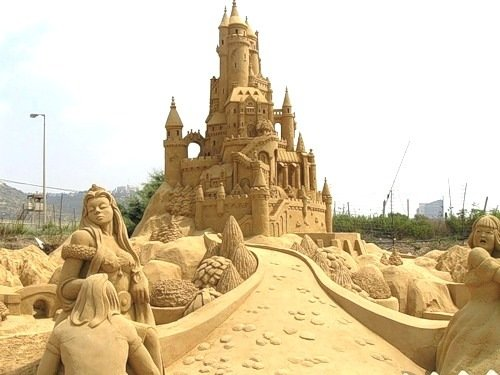 ss2 - yay summer!  sand sculptures...