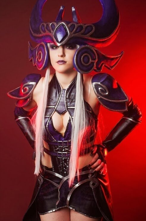 syndra - sexiest league of legends cosplay girls 2014