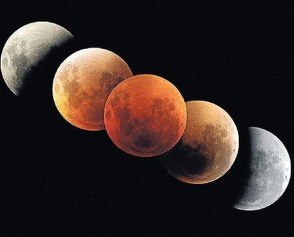 glorious red full moon eclipse