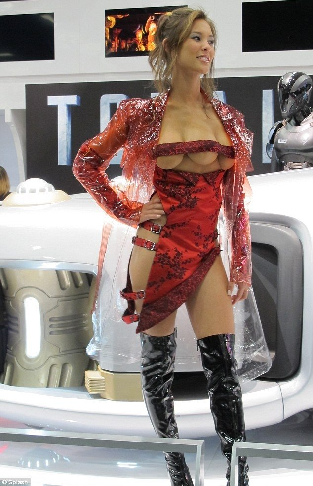 threeboobed girl from total recall movie