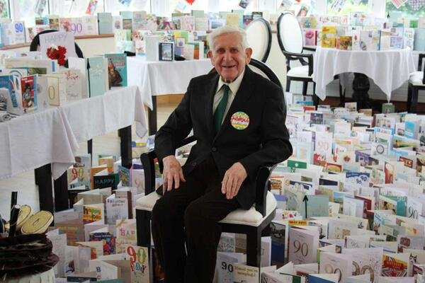 veteran who escaped his care home attend normandy dday celebrations received