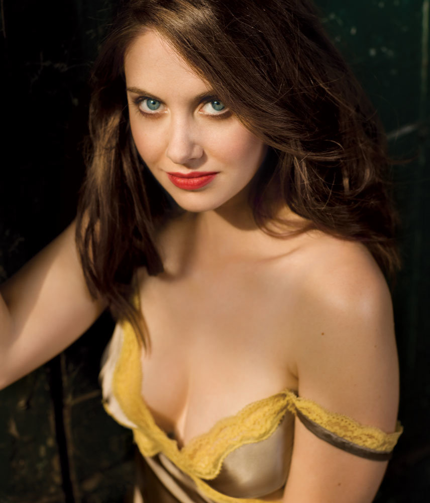 yyhrud5 - 52 photos of beautiful alison brie