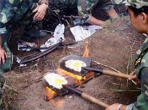 zzzxxx - cooking eggs in army
